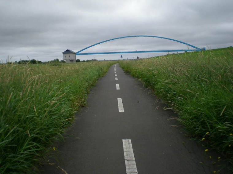 This is a bike path.